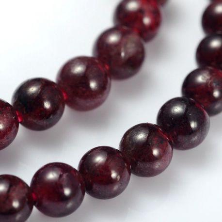 Natūralaus Granato karoliukų gija, apvalūs, vyšninės spalvos, 3-4 mm.