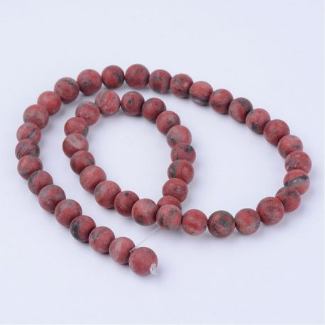 Akmeniniai Sesame jaspio karoliukai skirti papuošalų, rankdarbių gamyboje. Raudonos spalvos su pilkos spalvos intarpais, apvalio