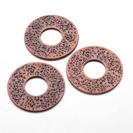 Priedai papuošalams dekoratyvinis uždaras žiedas skirti papuošalų, rankdarbių gamyboje. Sendintos vario spalvos, dydis apie 41x2