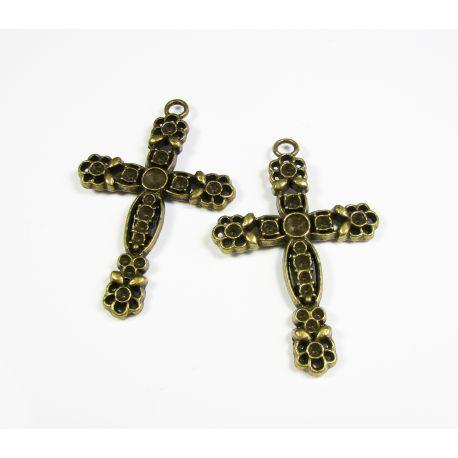 """Pakabukas """"Kryžius"""" bronzinės spalvos su 15 skirtingo dydžio skylutėmis įklijuot akutes. 58x38 mm dydžio."""