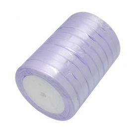 Satino juostelė skirta papuošalų, rankdarbių gamyboje. Alyvinės spalvos, plotis apie 20 mm., kaina - 1,69 Eur už 1 ritė.