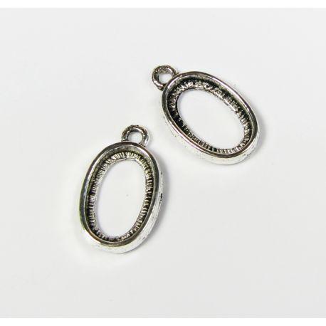 Rėmėlis - pakabukas kabošonui ar kamėjai, sendintos sidabro spalvos 15x9 mm