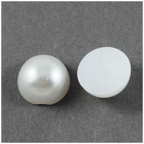Akrilinis kabošonas - perlo imitacija, šaltos baltos spalvos 12x6 mm., 10 vnt.